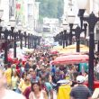 centro-teve-ruas-cheias-mas-movimento-nas-lojas-foi-aquem-do-esperado