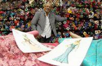 rogerio-belo-e-um-dos-unicos-estilistas-que-criam-modelos-em-lojas-de-tecidos
