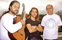 o-portugues-joao-pires-o-mineiro-vitor-santana-e-o-percussionista-marcos-suzano-fazem-mistura-de-samba-fado-rock-rumba-e-flamenco-divulgacao