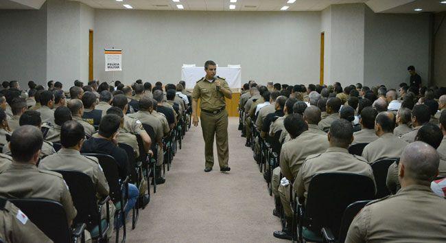 Coronel Bianchini conversou ontem com a tropa e com comandantes de área da 4ª RPM para definir estratégias