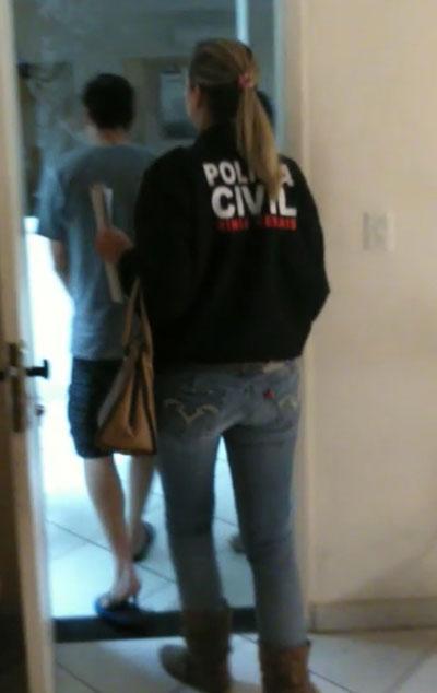 Suspeito foi preso e encaminhado à delegacia da Polícia Civil