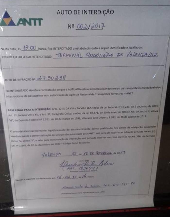 Equipe da ANTT esteve nesta quinta-feira na rodoviária de Valença, onde diversos passageiros não puderam embarcar