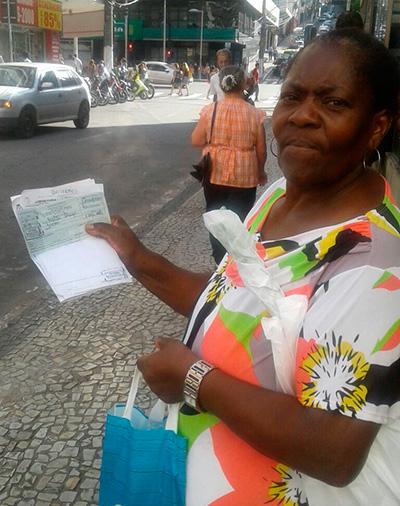 """Marlene de Morais: """"Os funcionários disseram que não tem previsão para os remédios chegarem"""""""