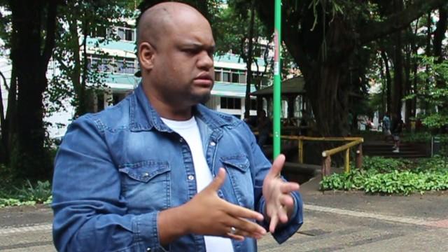 Bruno Viana, professor de libras, 31 anos